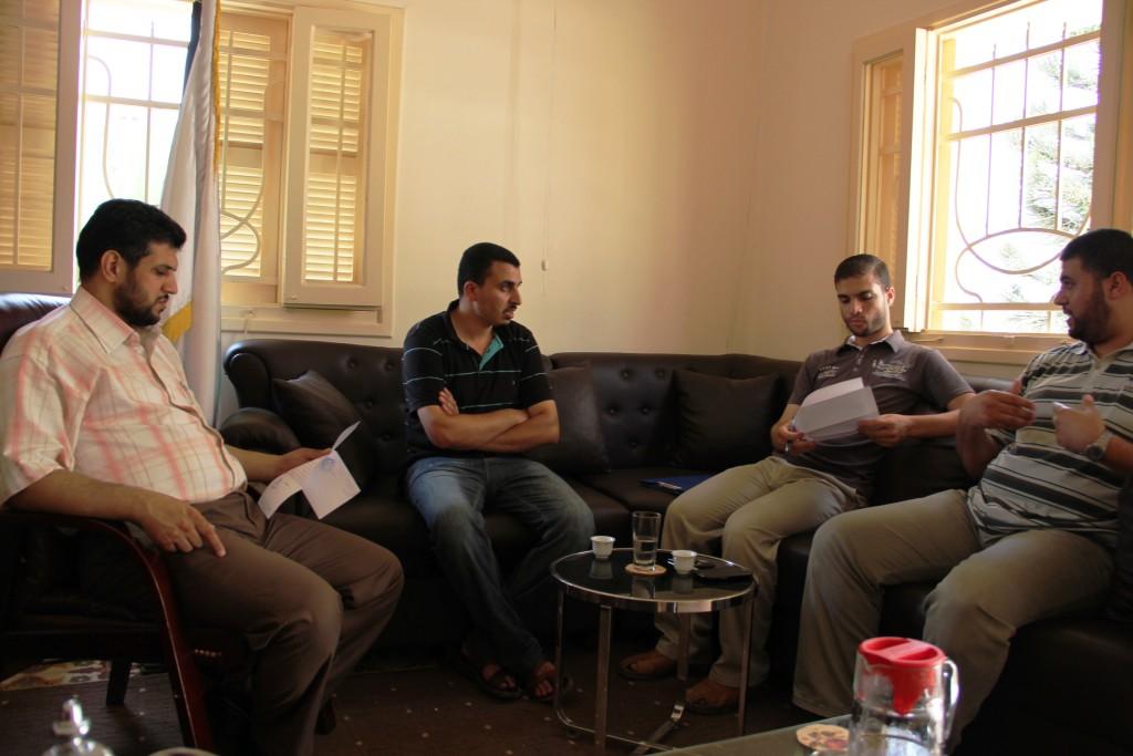 صور زيارة وفد من جمعية الوئام  لمؤسسة الرحمة